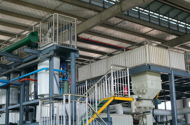 China Fully Continuous Waste Plastic Pyrolysis Machine That Turns Plastic Into Oil supplier