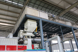 China Large Heavy Duty Waste Plastic Oiling System By Converting Plastic To Diesel Fuel supplier
